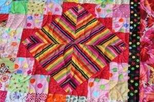 King quilt 046